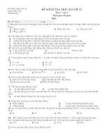 Đề kiểm tra học kì 1 lớp 12