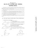 Quan hệ vuông góc trong không gian
