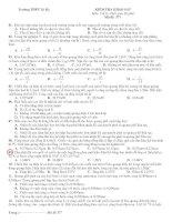 Tài liệu Đề và đáp án khảo sát vật lý THPT Tứ Kỳ M377 doc
