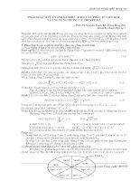 Tài liệu Phân hoá của vành đa thức theo các phần tử liên hợp và ứng dụng trong lý thuyết mã docx