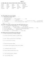 Tài liệu Đề thi tiếng Anh lớp 6 doc