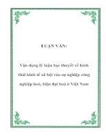 LUẬN VĂN: Vận dụng lý luận học thuyết về hình thái kinh tế xã hội vào sự nghiệp công nghiệp hoá, hiện đại hoá ở Việt Nam ppt