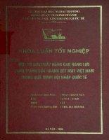 Một số giải pháp nâng cao năng lực cạnh tranh của ngành dệt may Việt Nam trong quá trình hội nhập quốc tế