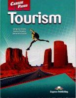 Sách Career Paths: Tourism (Du lịch: con đường sự nghiệp)