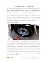 Bí quyết xử lý khi xe ô tô bị nổ lốp